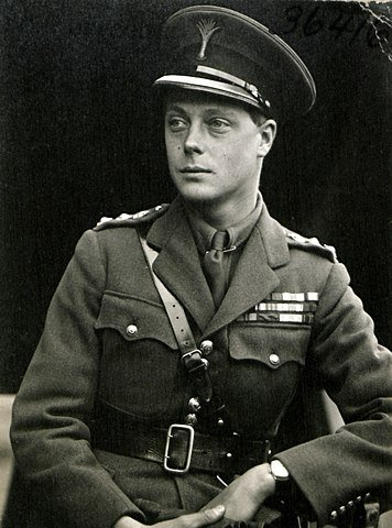 Edward, while Prince of Wales, in the uniform of a colonel. | Source: Wikipedia.