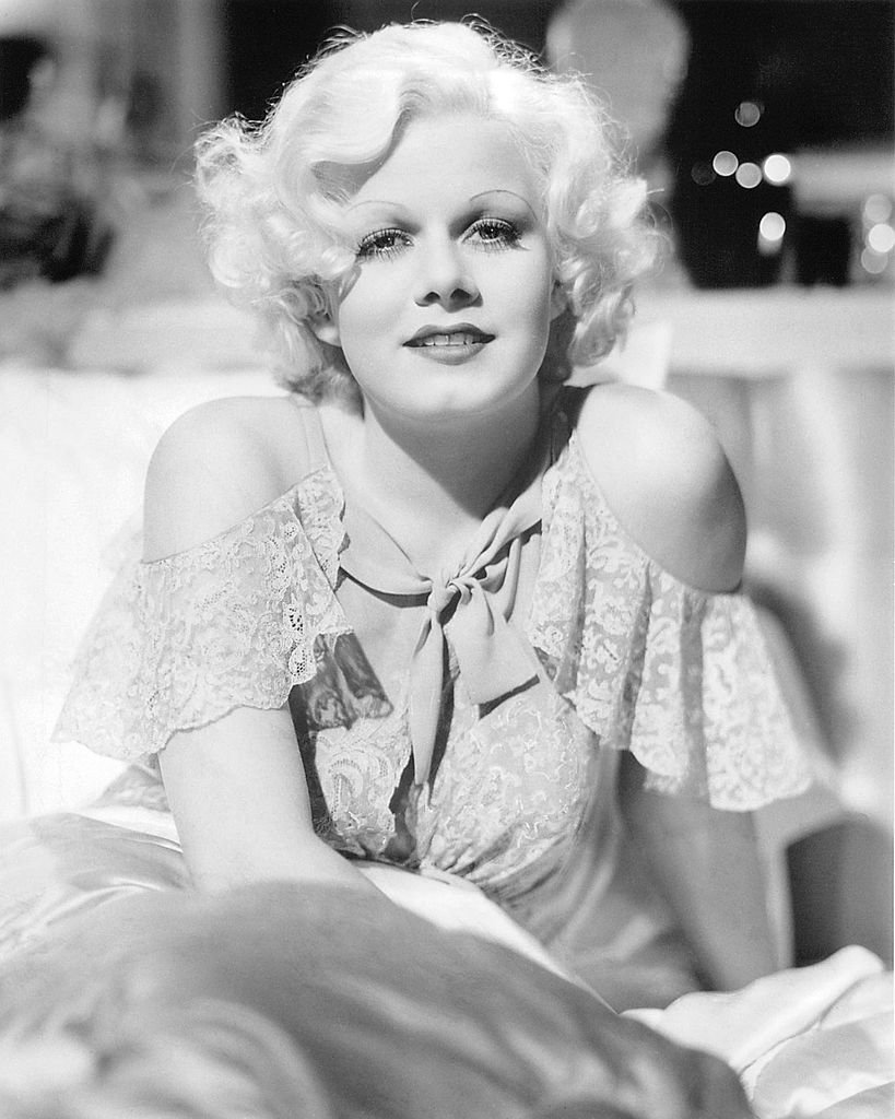A monochrome portrait of American actress Jean Harlow on January 01, 1930   Photo: Getty Images