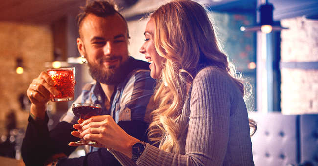 Chiste: Hombre descubre que heredó una fortuna y decide que necesita una mujer para disfrutarla