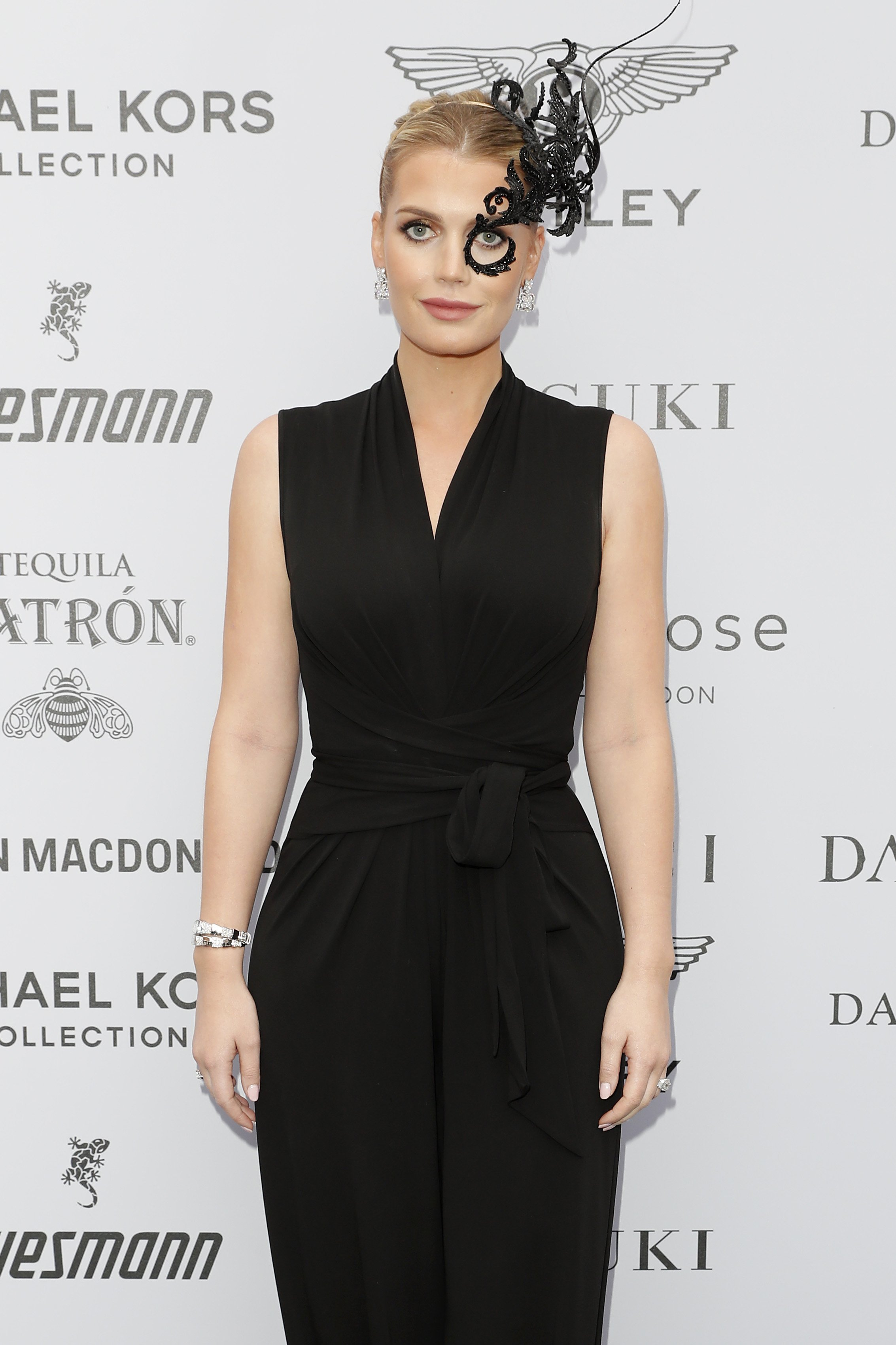 Lady Kitty Spencer attends a Masquerade Ball for a female charity event in London, England on June 5, 2019 | Photo: Getty Images