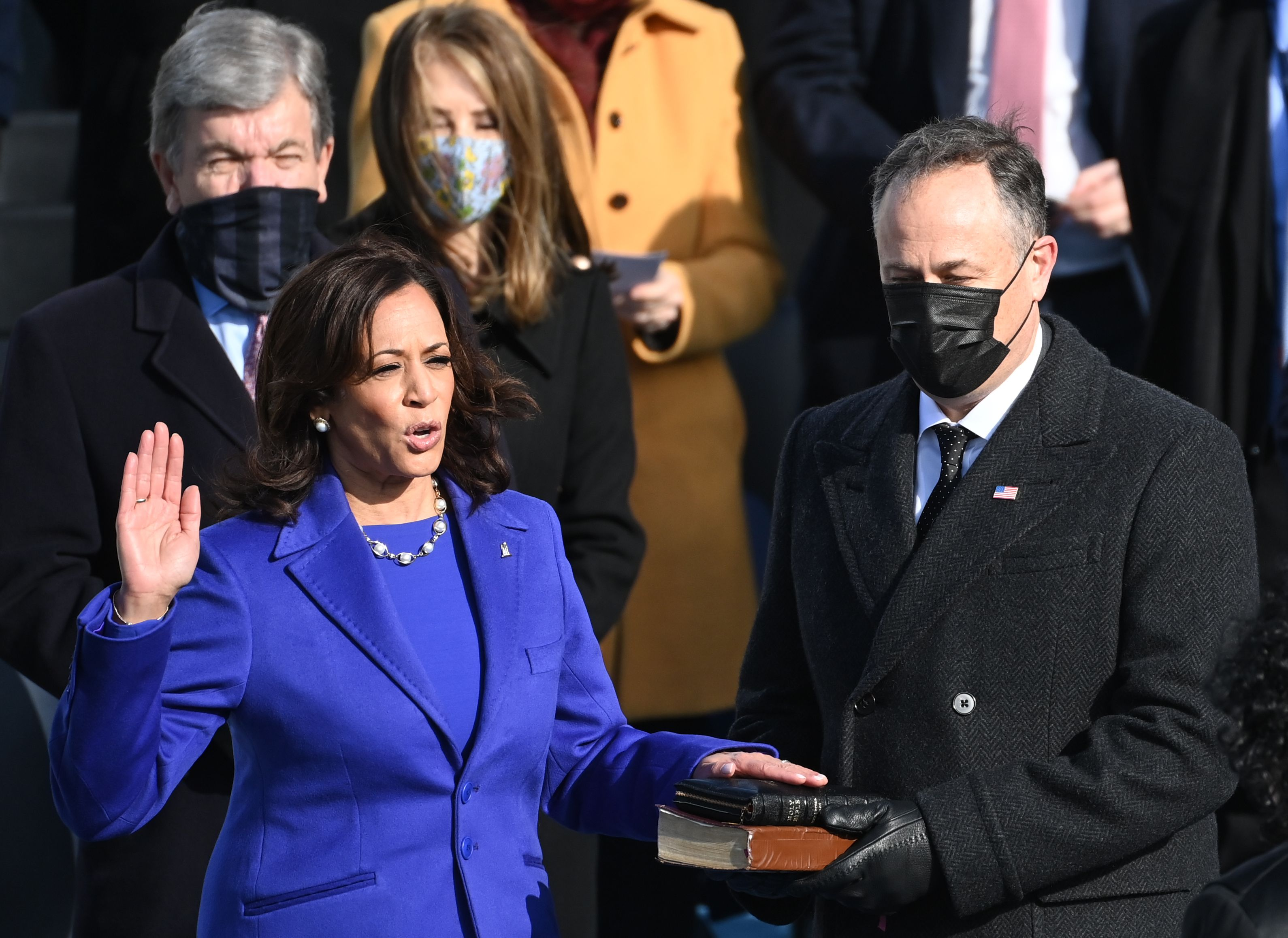 Kamala Harris pictured taking an oath during the Inauguration Day on January 21, 2021, at the U.S. Capitol grounds in Washington, D.C. | Photo: Getty Images