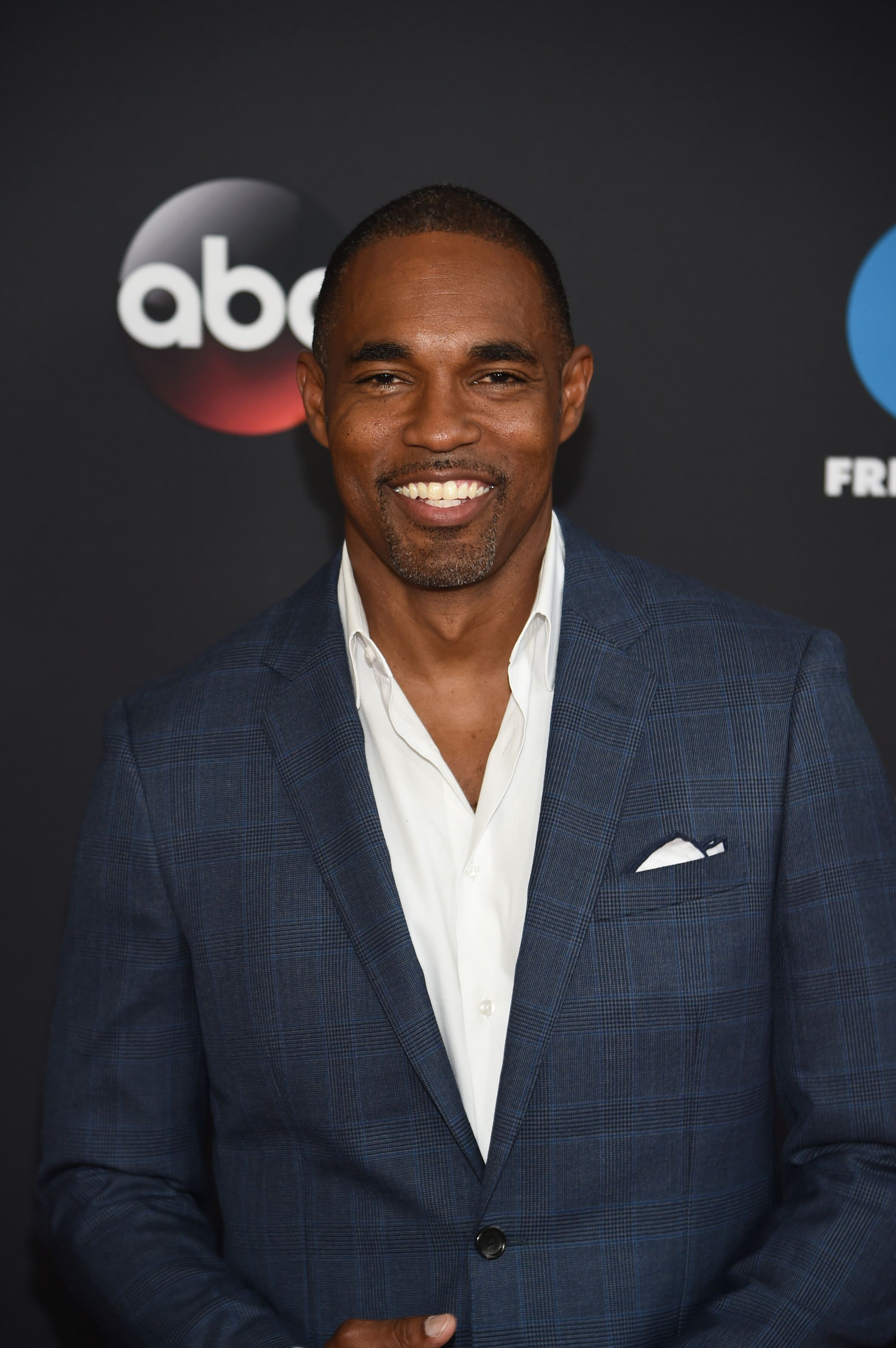Jason George of Station 19 attends during 2018 Disney, ABC, Freeform Upfront at Tavern On The Green on May 15, 2018 in New York City. | Source: Getty Images