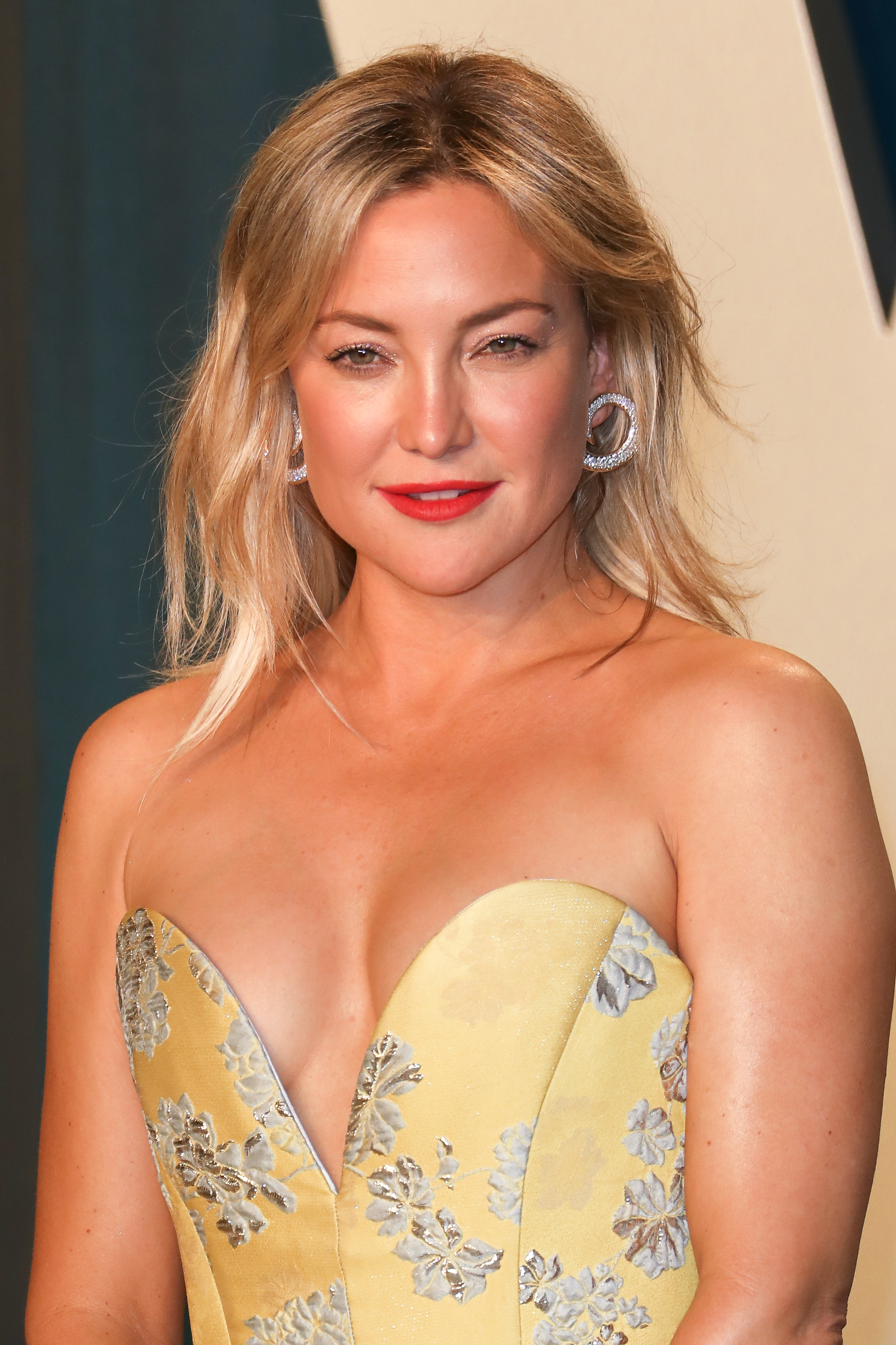 Kate Hudson at the Vanity Fair Oscar Party in Beverly Hills, February, 2020. | Photo: Getty Images.
