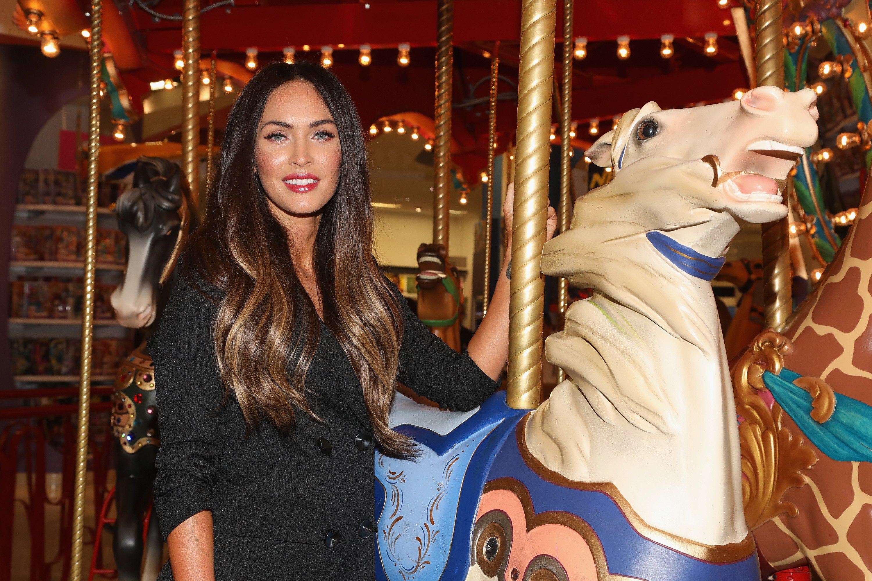 Megan Fox attends a store tour during the Liverpool Fashion Fest Autumn/Winter 2017 at Liverpool Polanco | Source: Getty Images