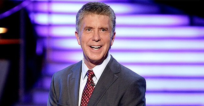 Tom Bergeron Playfully Shares a Photo of Him Reading a Magazine with an Article on His Firing from DWTS