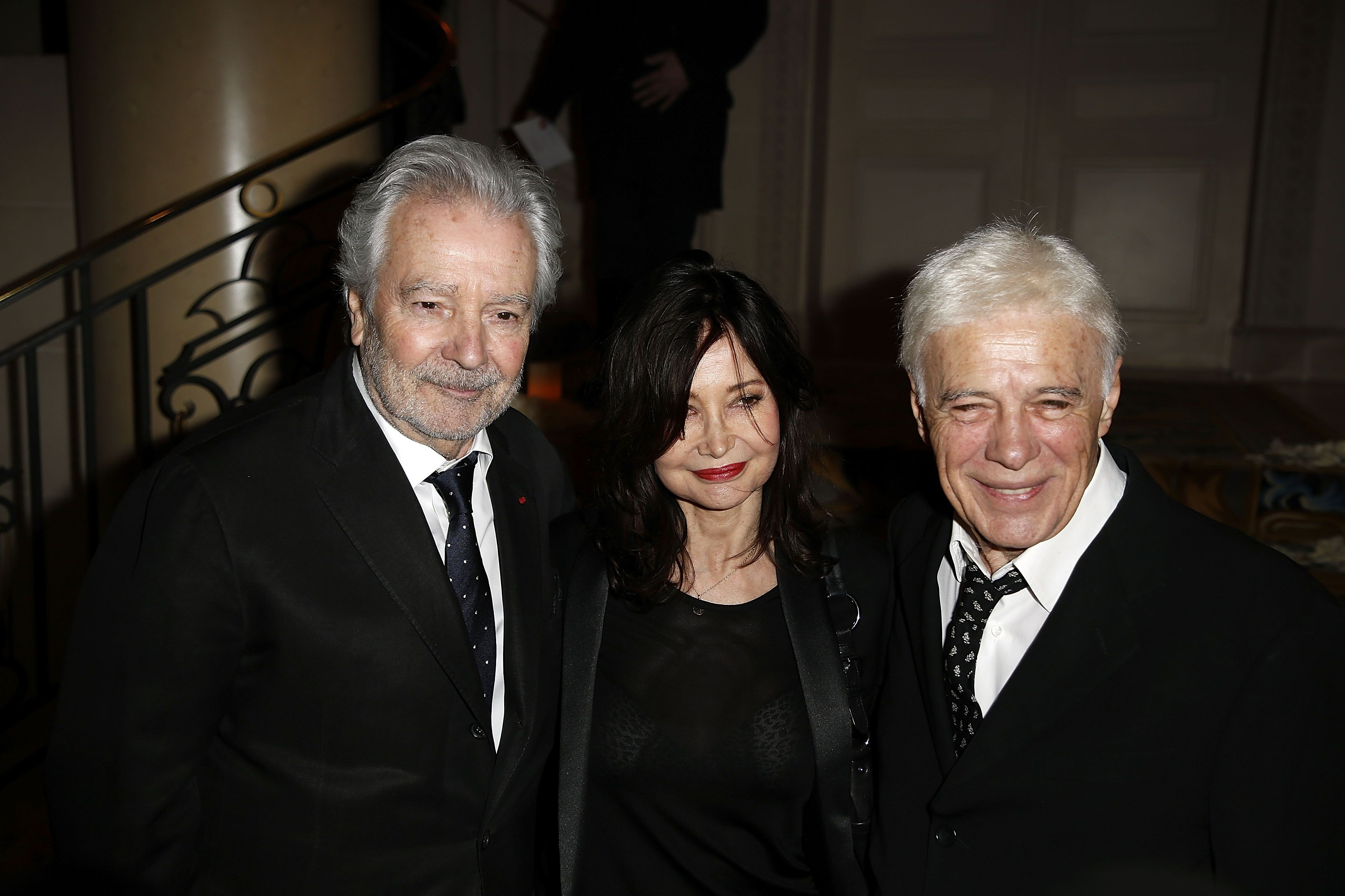 "Pierre Arditi, Evelyne Bouix et Guy Bedos assistent au Gala de charité ""La Recherche en Physiologie"" à Paris, France. 