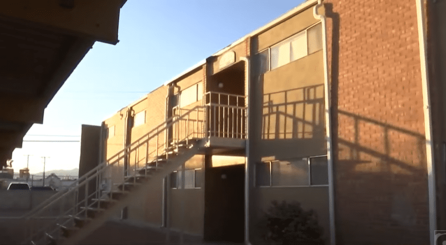 The apartment building where the incident occurred. | Photo:YouTube/KTSM 9 NEWS
