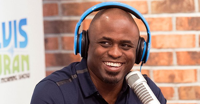 Wayne Brady Dances in Matching Sweaters with His Daughter Maile and Ex-wife Mandie (Video)