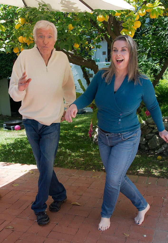 Dick Van Dyke and his wife Arlene Silver are photographed at their Malibu home on April 21, 2016 | Photo: Getty Images