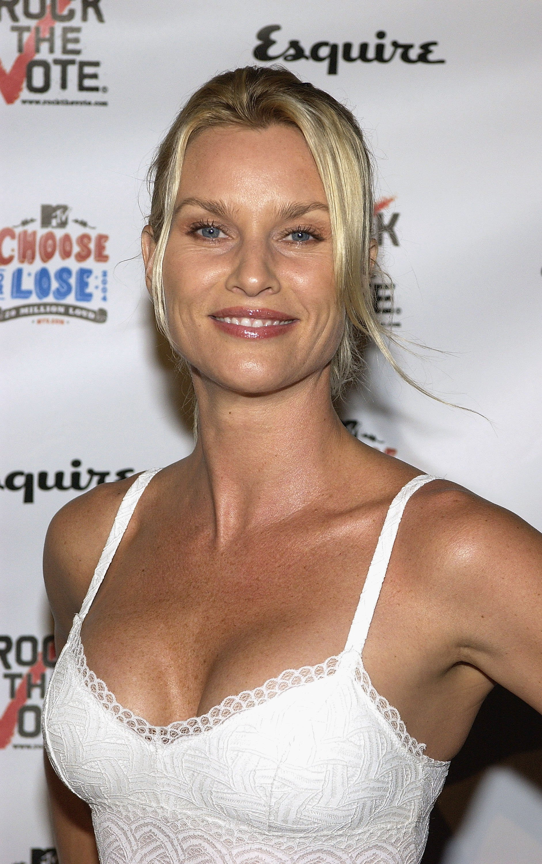 """Nicolette Sheridan at """"Young Hollywood Votes"""" at the Esquire House Los Angeles on October 13, 2004 in Beverly Hills, California.  Source: Getty Images"""