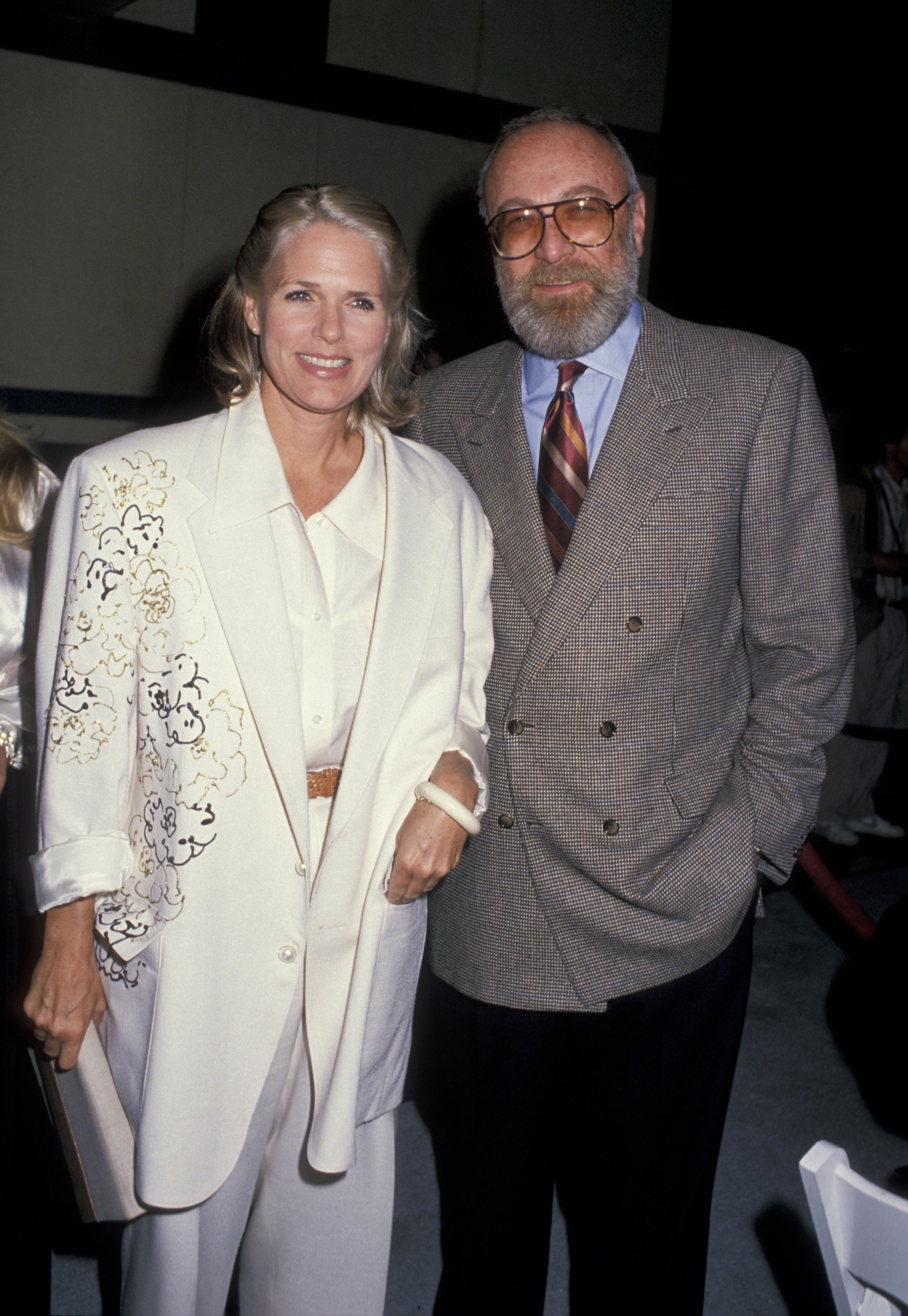 Sharon Gless and Barney Rosenzweig on September 22, 1988 in Beverly Hills, California | Photo: Getty Images/Global Images Ukraine