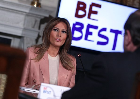 First Lady Melania Trump hosting an Interagency meeting in conjunction with her Be Best campaign | Photo: Getty Images