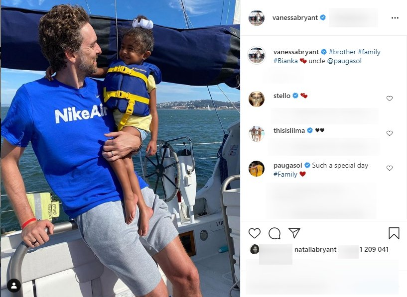 A picture of Pau Gasol carrying Capri Bryant on a boat. | Photo: Instagram/Vanessabryant