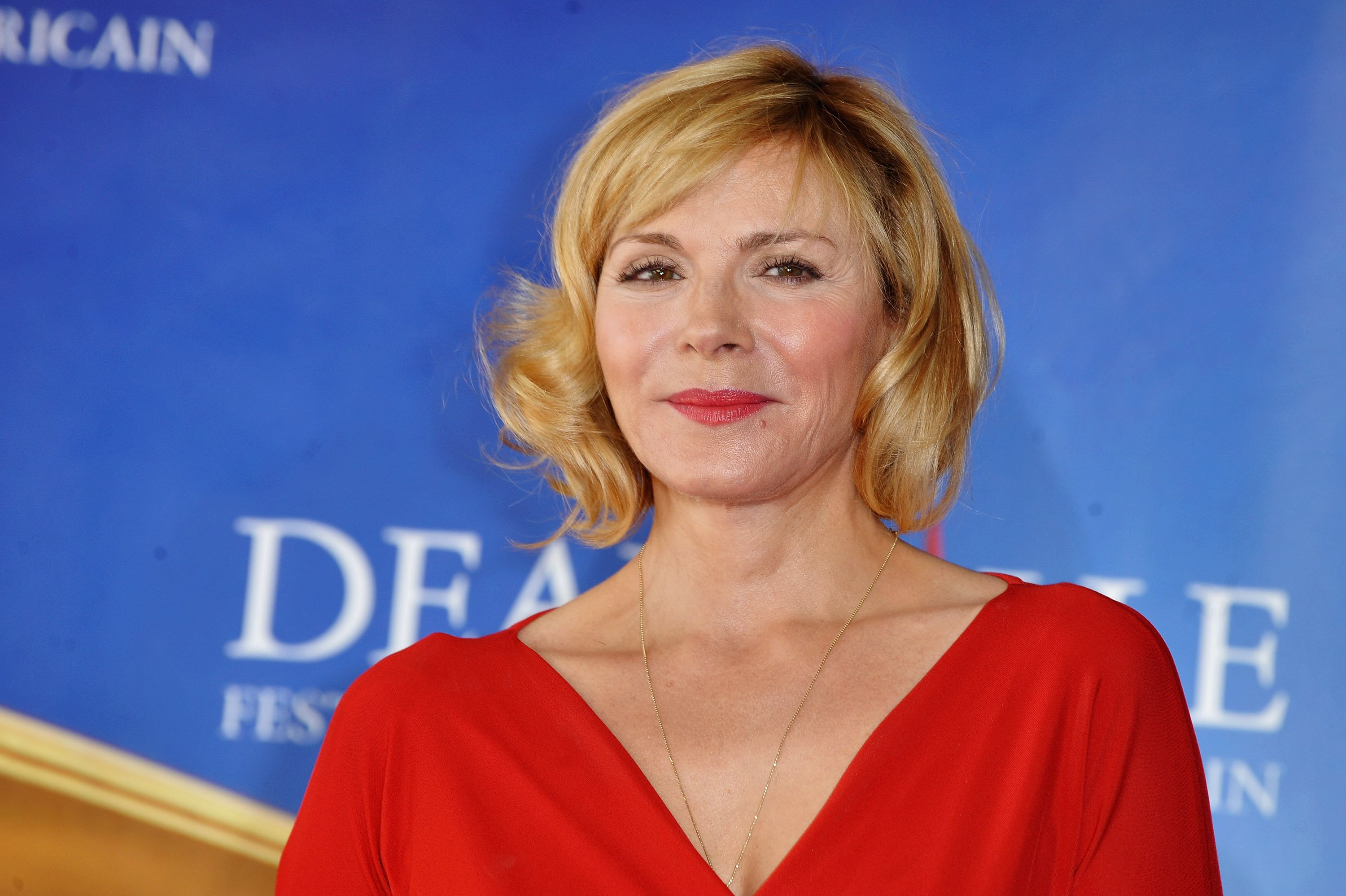 Kim Cattrall attends the photocall for the film 'Meet Monica Velour' during the 36th Deauville American Film Festival on September 11, 2010, in Deauville, France. | Source: Getty Images.