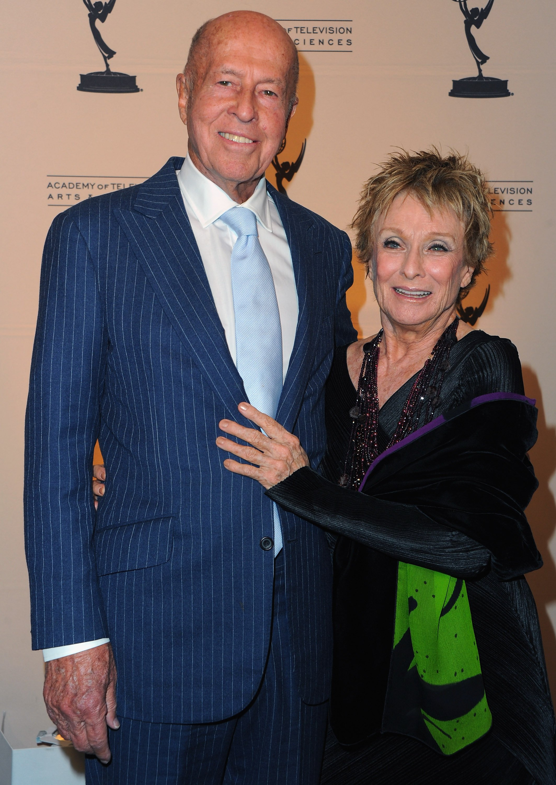 Director George Englund and actress Cloris Leachman arrive to the Academy of Television Arts & Sciences' Hall of Fame Committe's 20th Annual Induction Gala on January 20, 2011 in Beverly Hills, California | Photo: Getty Images