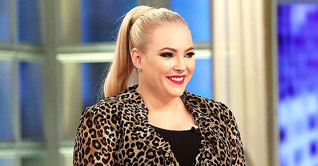Meghan McCain Shows an Impressive Tribute Displayed in a Restaurant to Late Father, John McCain