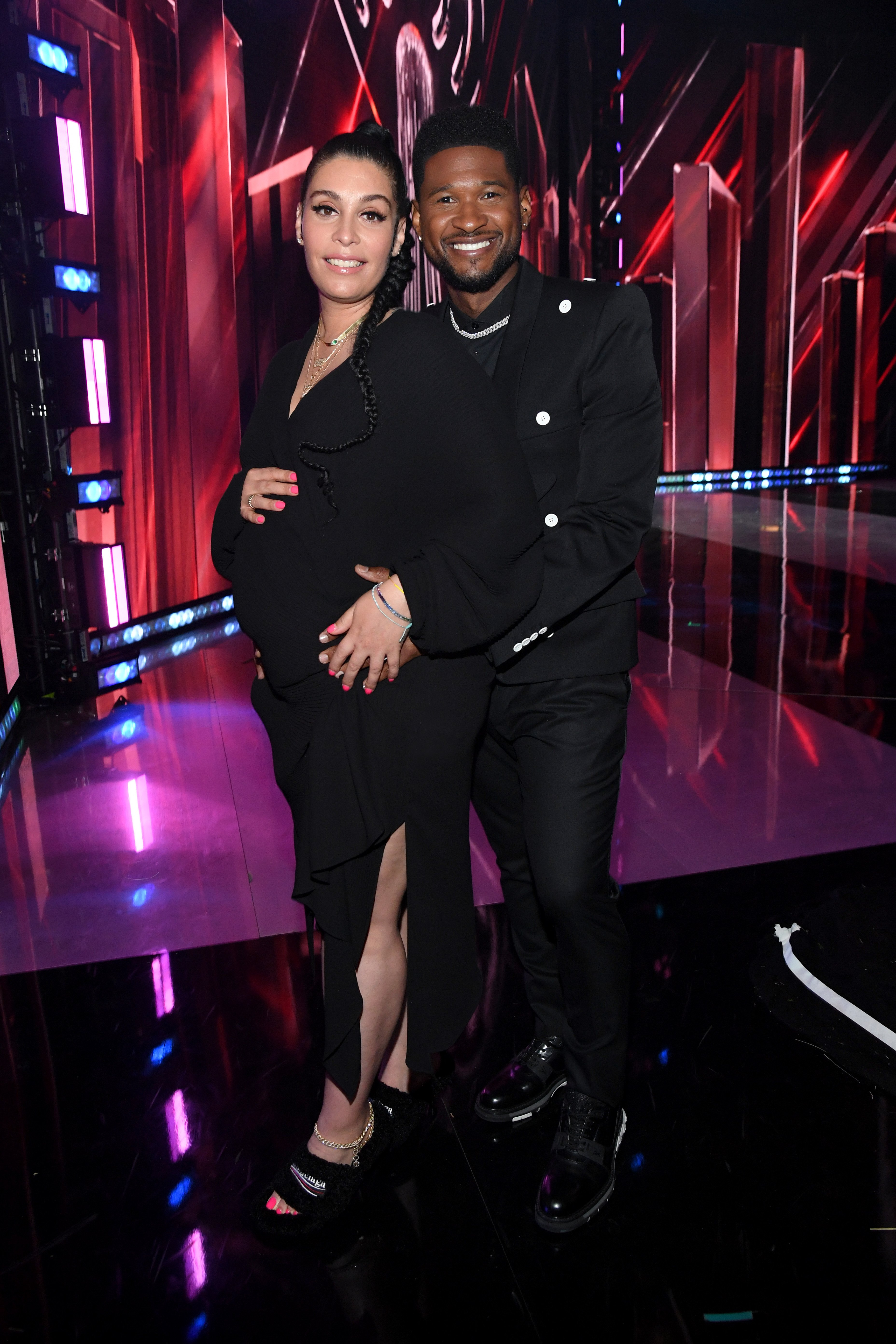 Jennifer Goicoechea and Usher attend the 2021 iHeartRadio Music Awards at The Dolby Theatre in Los Angeles, California on May 27, 2021. | Photo: Getty Images