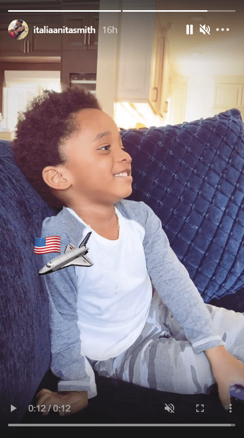LL Cool J's grandson in white and grey shirt while staring away. | Photo: Instagram/italiaanitasmith