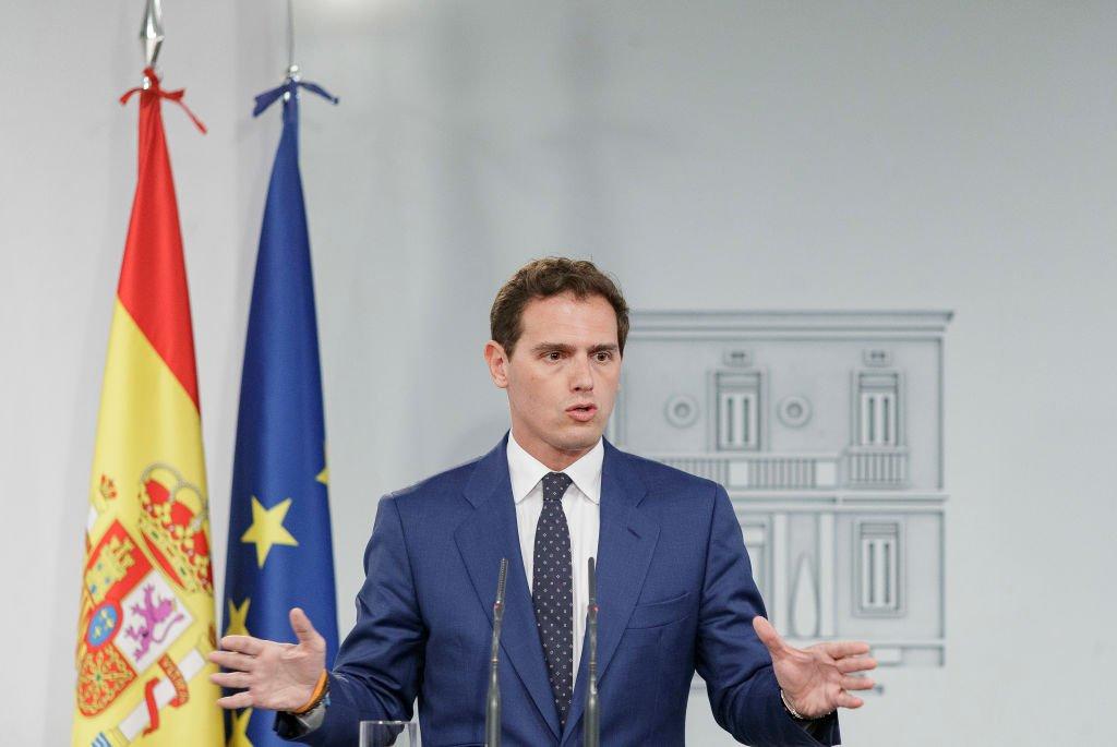Albert Rivera en rueda de prensa tras reunirse con el presidente en funciones Pedro Sánchez.   Fuente: Getty Images