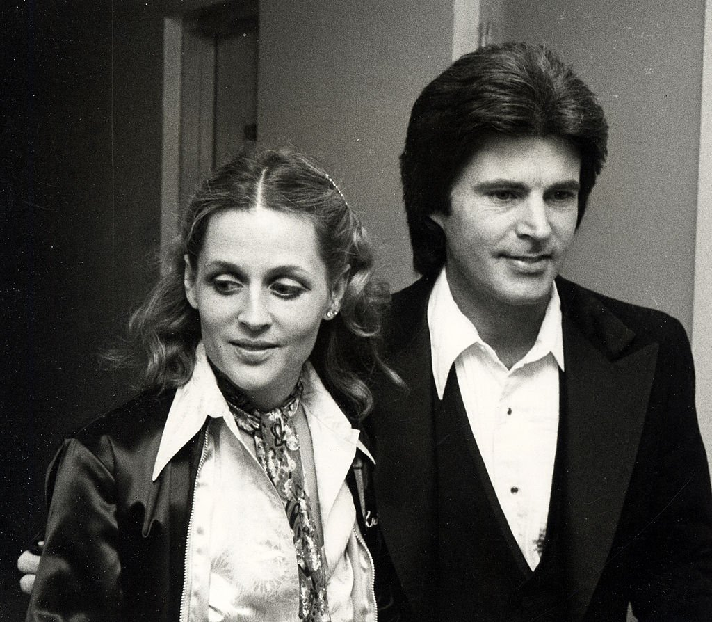 Ricky Nelson and wife Kristin Harmon at Fifth Annual American Music Awards on January 16, 1978 | Photo: Getty Images