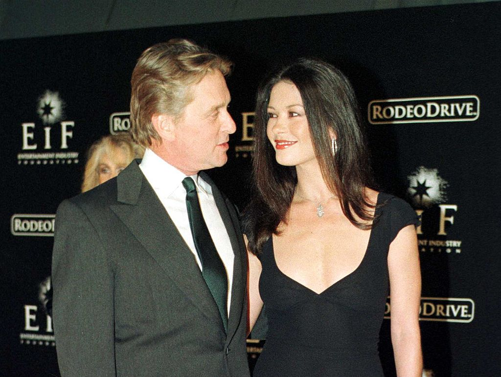 """Michael Douglas and Catherine Zeta-Jones attend the """"Tribute To Style"""" exhibition and concert November 7, 1999 in Beverly Hills 