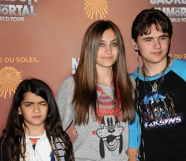 Blanket, Paris and Prince Jackson attend the Los Angeles opening of 'Michael Jackson THE IMMORTAL World Tour | Photo: Getty Images