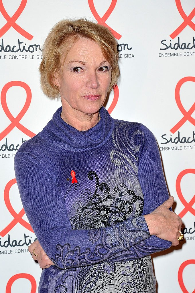 Brigitte Lahaie assiste à la soirée de lancement Sidaction 2016 photocall au Musée du Quai Branly le 7 mars 2016 à Paris, France. | Photo : Getty Images