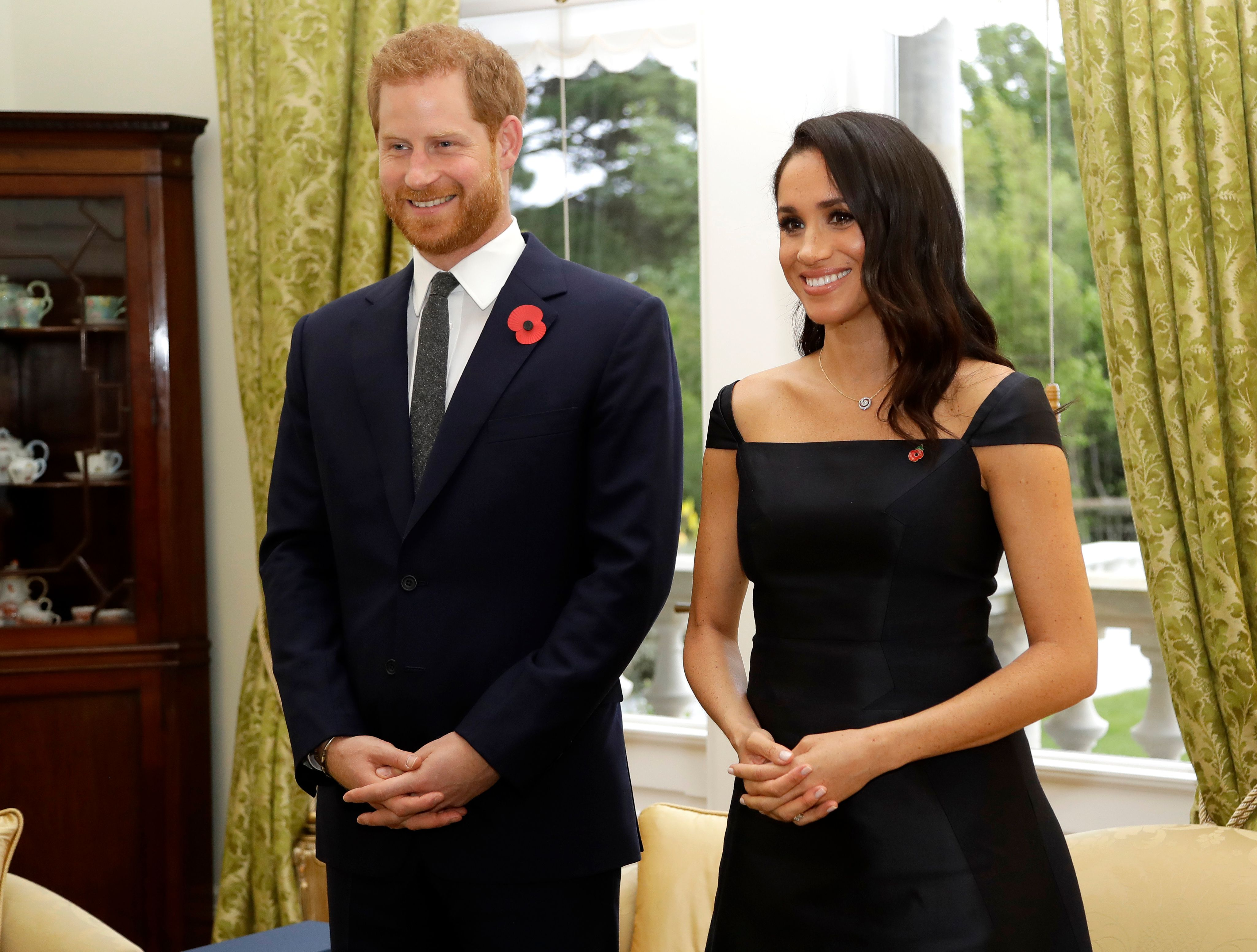 Prince Harry and Duchess Meghan wait to meet New Zealand Prime Minister Jacinda Ardern on October 28, 2018, in Wellington, New Zealand   Photo: Kirsty Wigglesworth - Pool /Getty Images