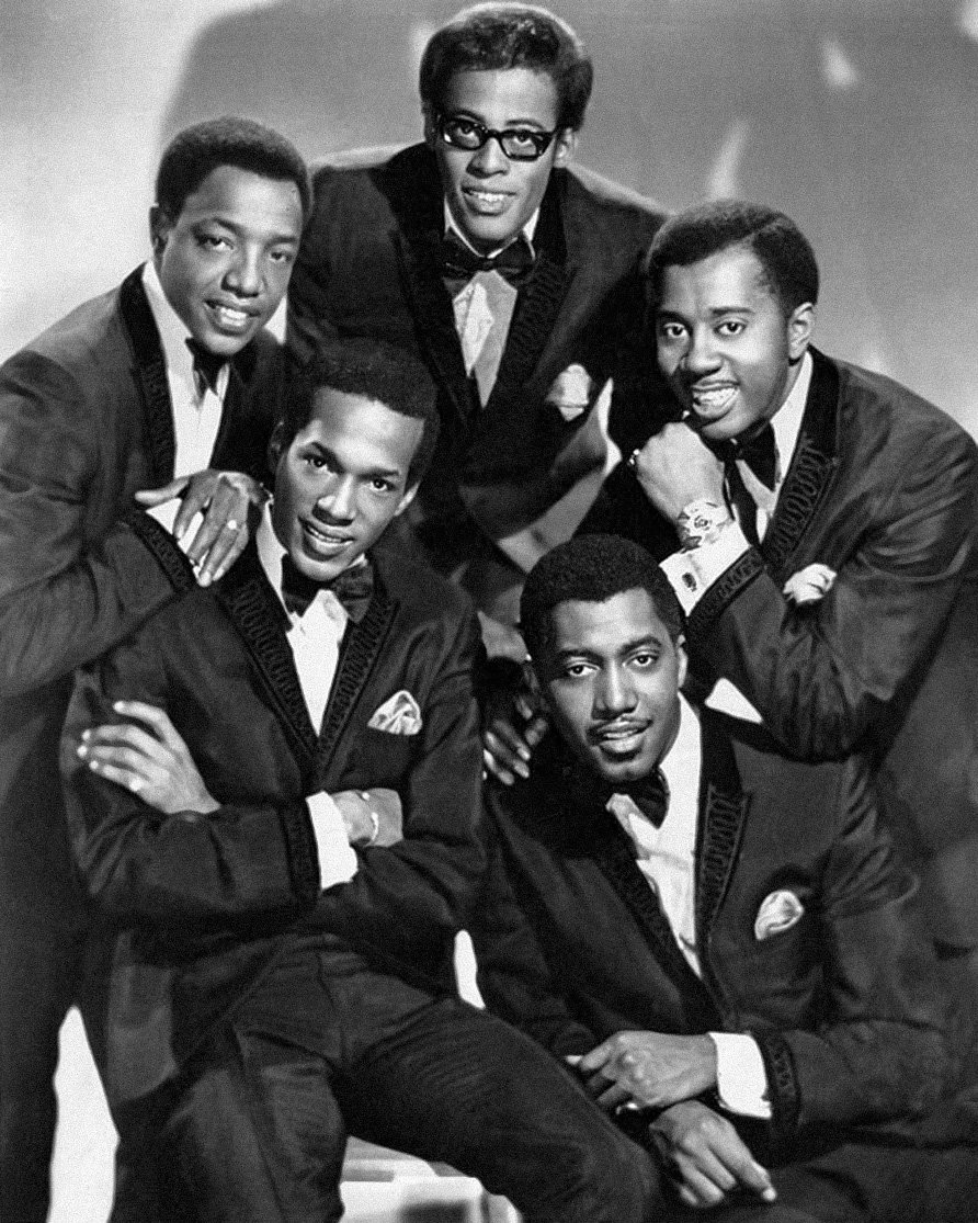 The Temptations, David Ruffin, Melvin Franklin, Otis Williams, Eddie Kendricks, and Paul Williams in 1967   Photo: Wikimedia Commons Images By James J. Kriegsmann,  Public Domain,