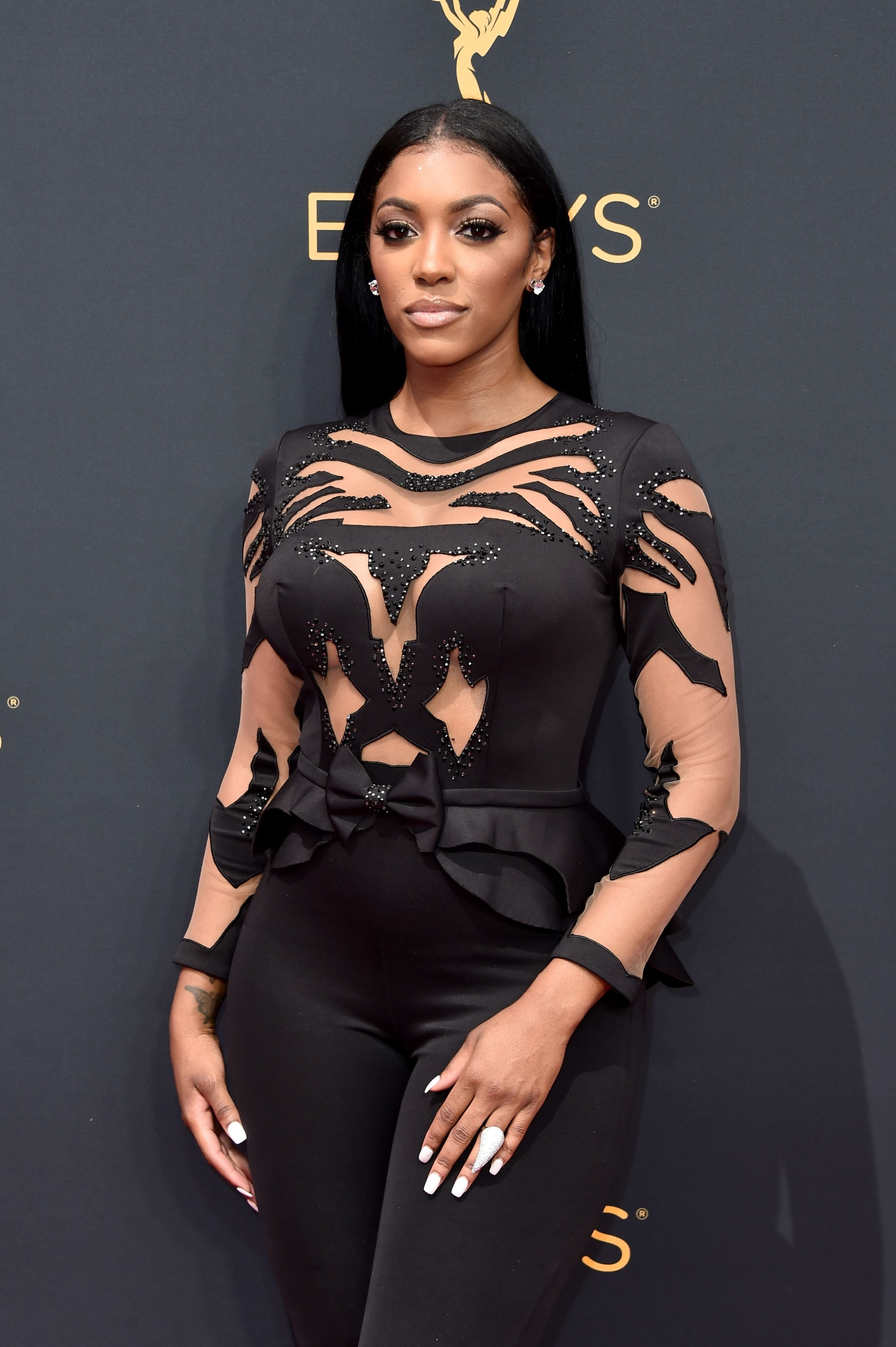 Porsha Williams at the 68th Annual Primetime Emmy Awards on Sept. 18, 2016 in California | Photo: Getty Images