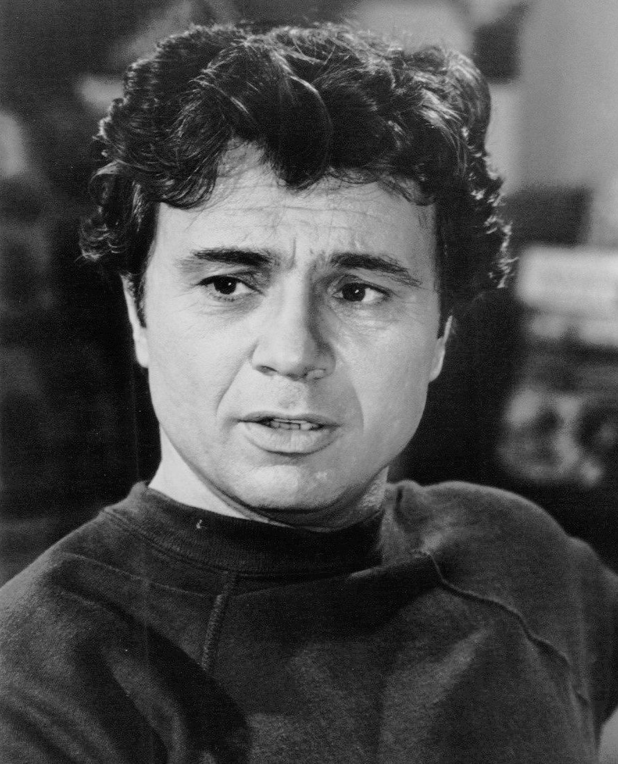 """Publicity photo of Robert Blake from the television program """"Baretta"""" 