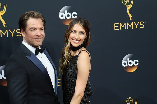 Michael Weatherly and Bojana Jankovic at the 68th Annual Primetime Emmy Awards on September 18, 2016 | Photo: Getty Images