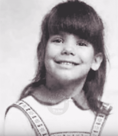 """""""Oceans Eight"""" actress, Sandra Bullock when she was only a young girl 
