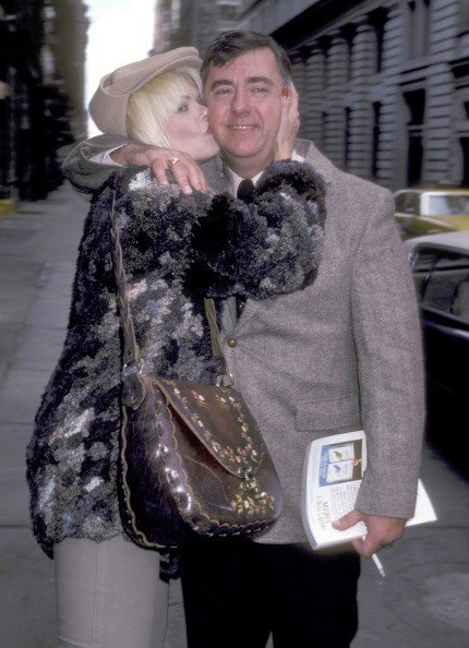 Ann Jillian and Andy Murcia on October 3, 1981 leaving Joanna's Restaurant in New York City, New York. | Photo: Getty Images