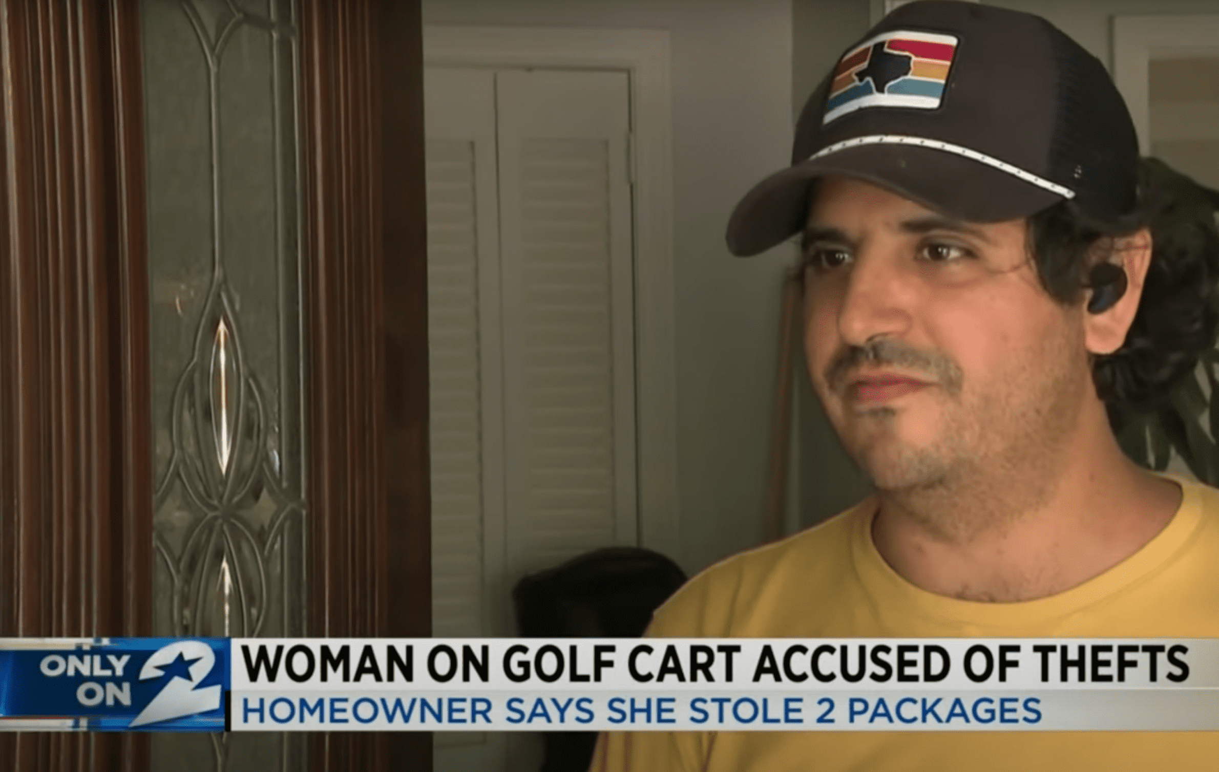 The man who was robbed speaks with news reporters and shares his concerns | Photo: Youtube/KPRC 2 Click2Houston