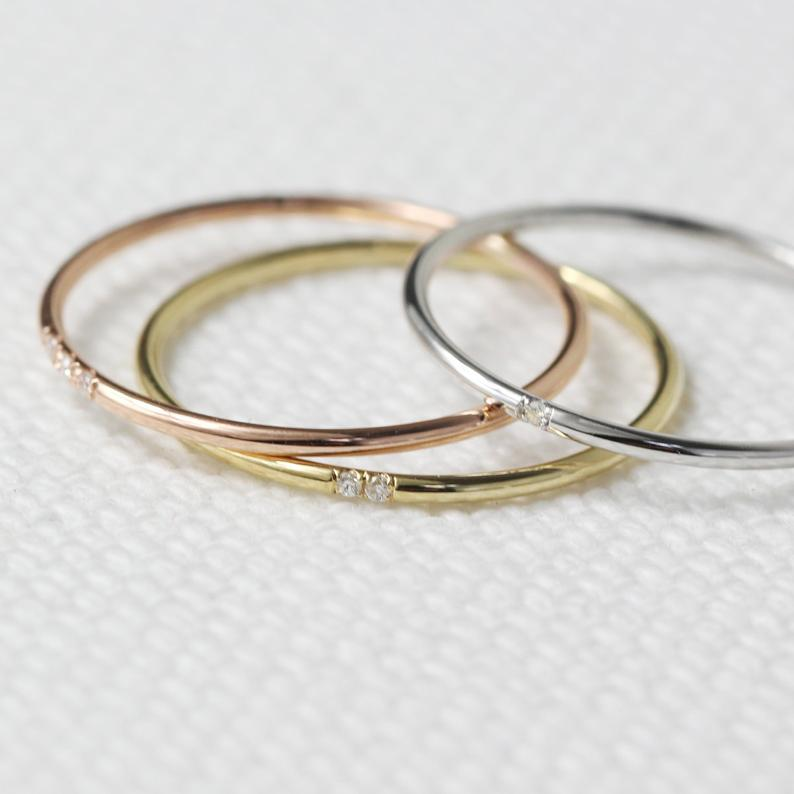 Minimalist Wedding Bands from JSVConcepts Fine Jewelry in Gold, White Gold, and Rose Gold. | Source: Etsy.com