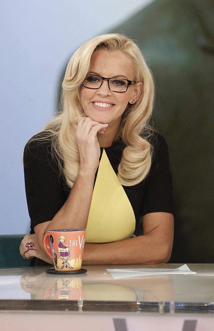 """Jenny McCarthy co-hosting """"The View"""" in September 2013. I Image: Getty Images."""