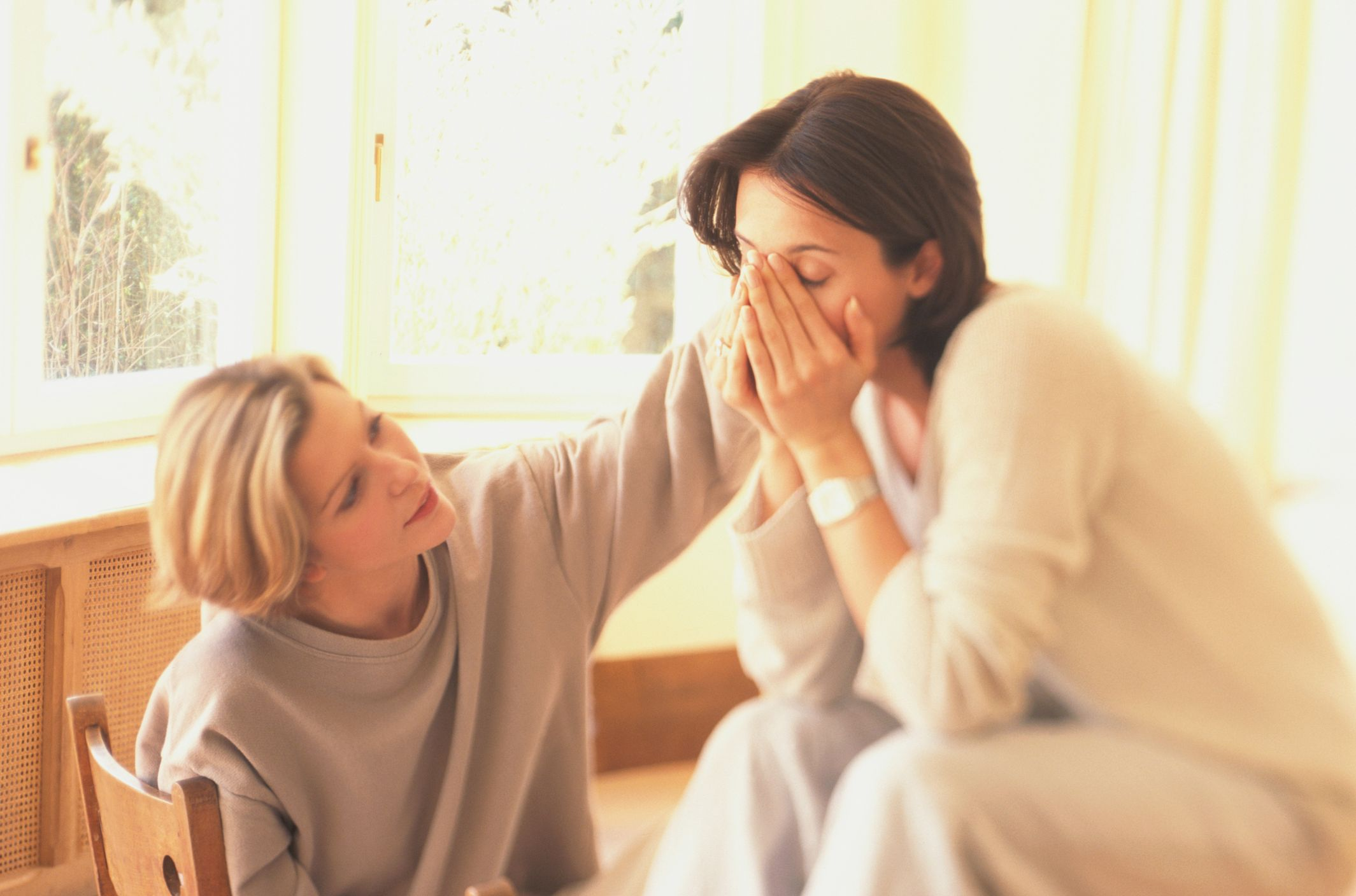 A mother talking to her daughter.   Source: Getty Images
