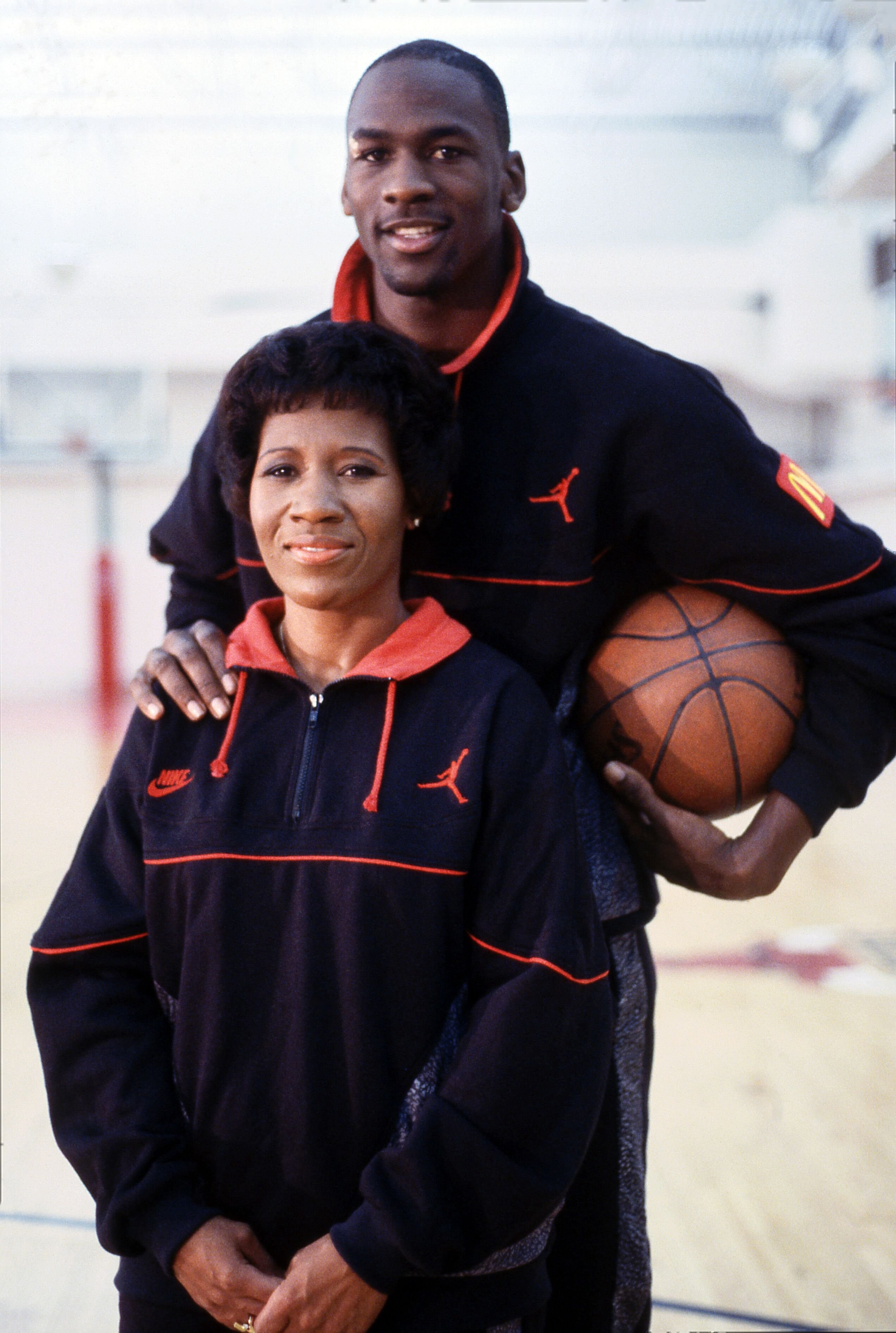 negocio Ubicación trabajo duro  Juanita Vanoy and Michael Jordan's Divorce Cost Him $168 Million — inside  Their Split