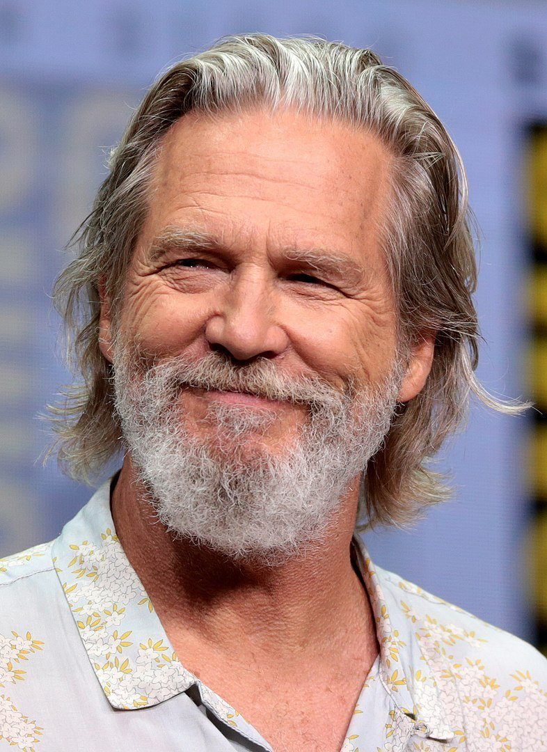 Jeff Bridges speaking at the 2017 San Diego Comic-Con International in San Diego, California | Photo: Wikimedia Commons Images