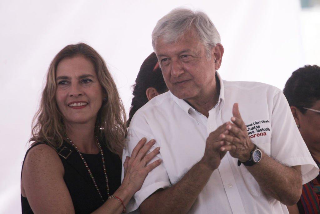 Andrés Manuel López Obrador y la Primera Dama durante un encuentro público en Los Altos, México. | Foto: Getty Images/Global Images Ukraine