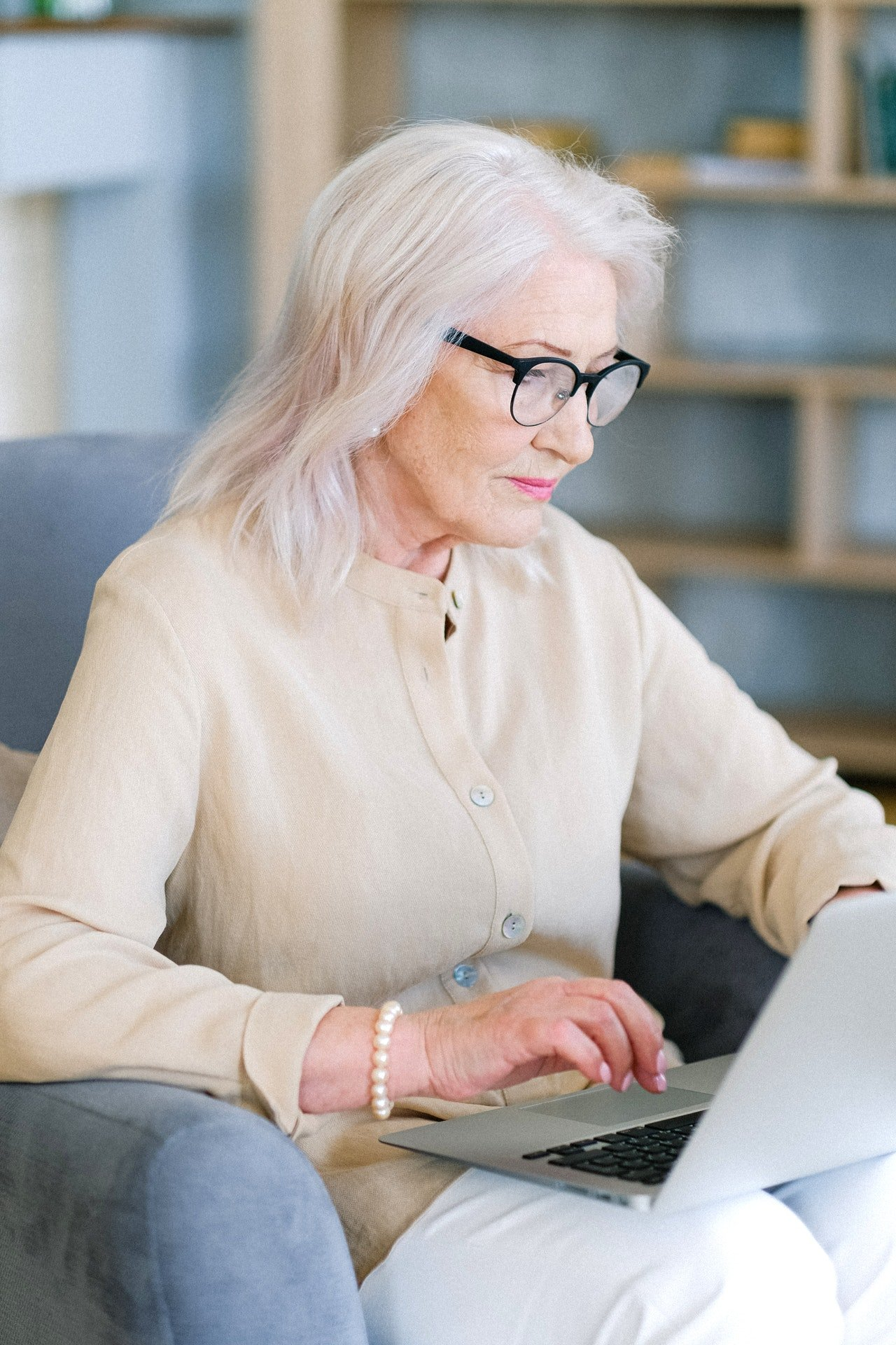 Leah was browsing the community's Facebook page for events. | Source: Pexels