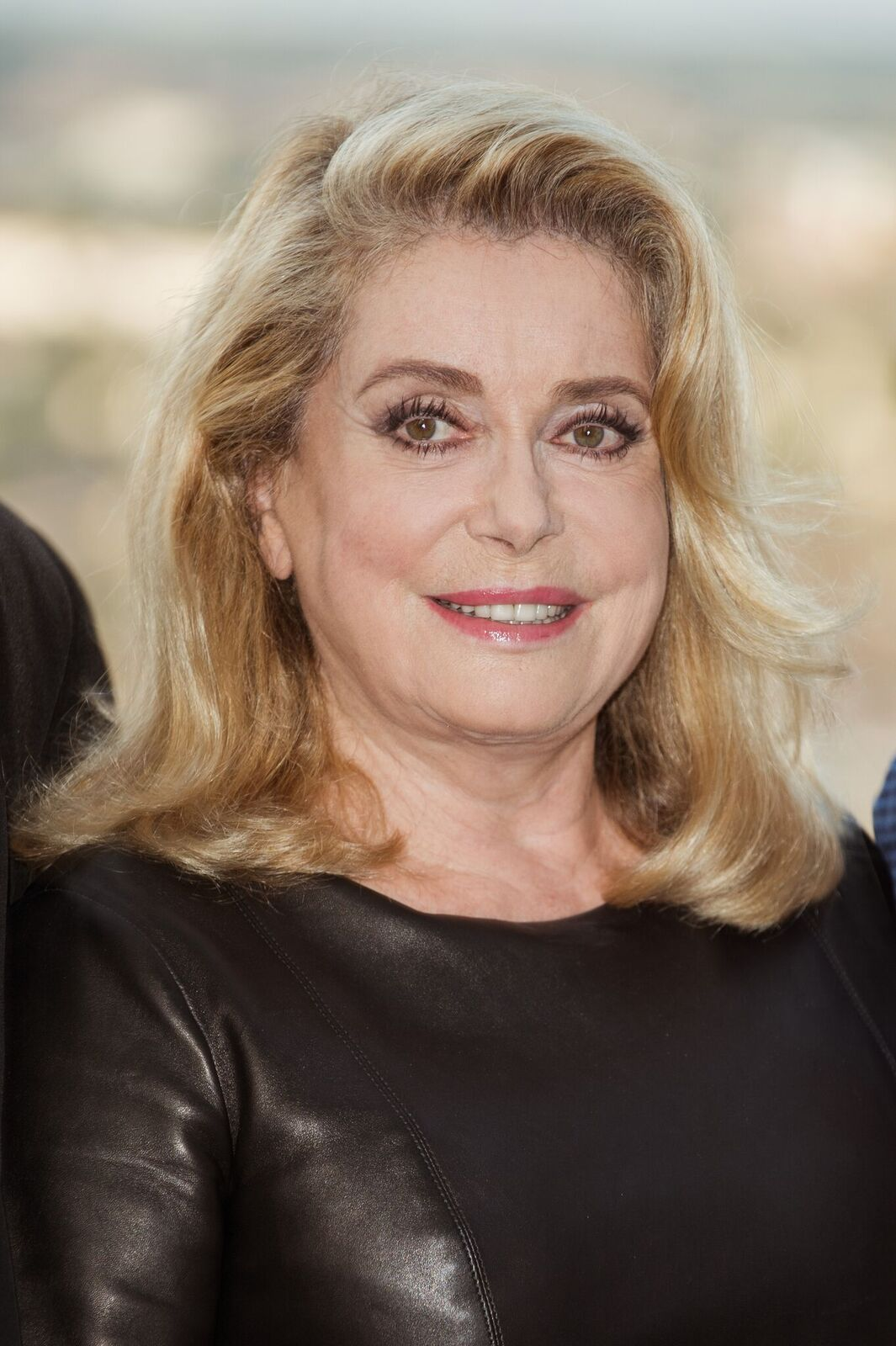 Catherine Deneuve assiste au 10ème festival du film francophone d'Angoulême. | Photo : Getty Images