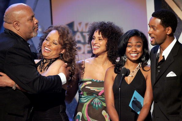 James Avery, Daphne Reid, Karyn Parsons, Tatyana Ali and Will Smith stand onstage at the BET Awards at the Kodak Theatre | Photo: Getty Images