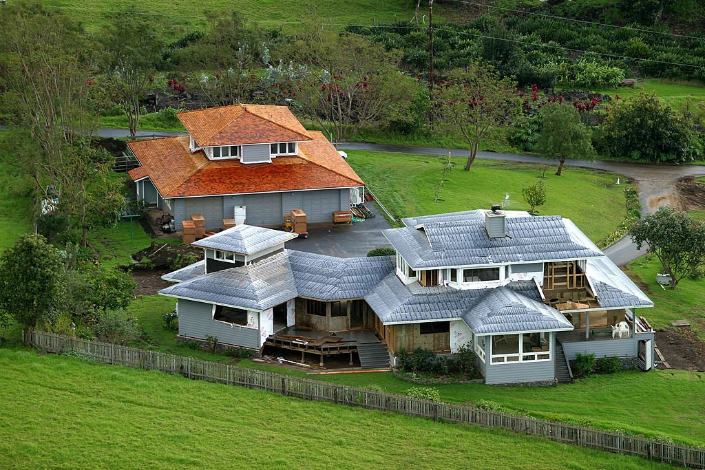 Oprah Winfrey's estate in Kula Hawaii is seen on March 16, 2004. | Photo: Getty Images