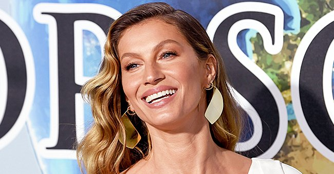 Gisele Bündchen Shares Mirror Selfie in Two-Piece Swimsuit That Shows off Her Toned Abs