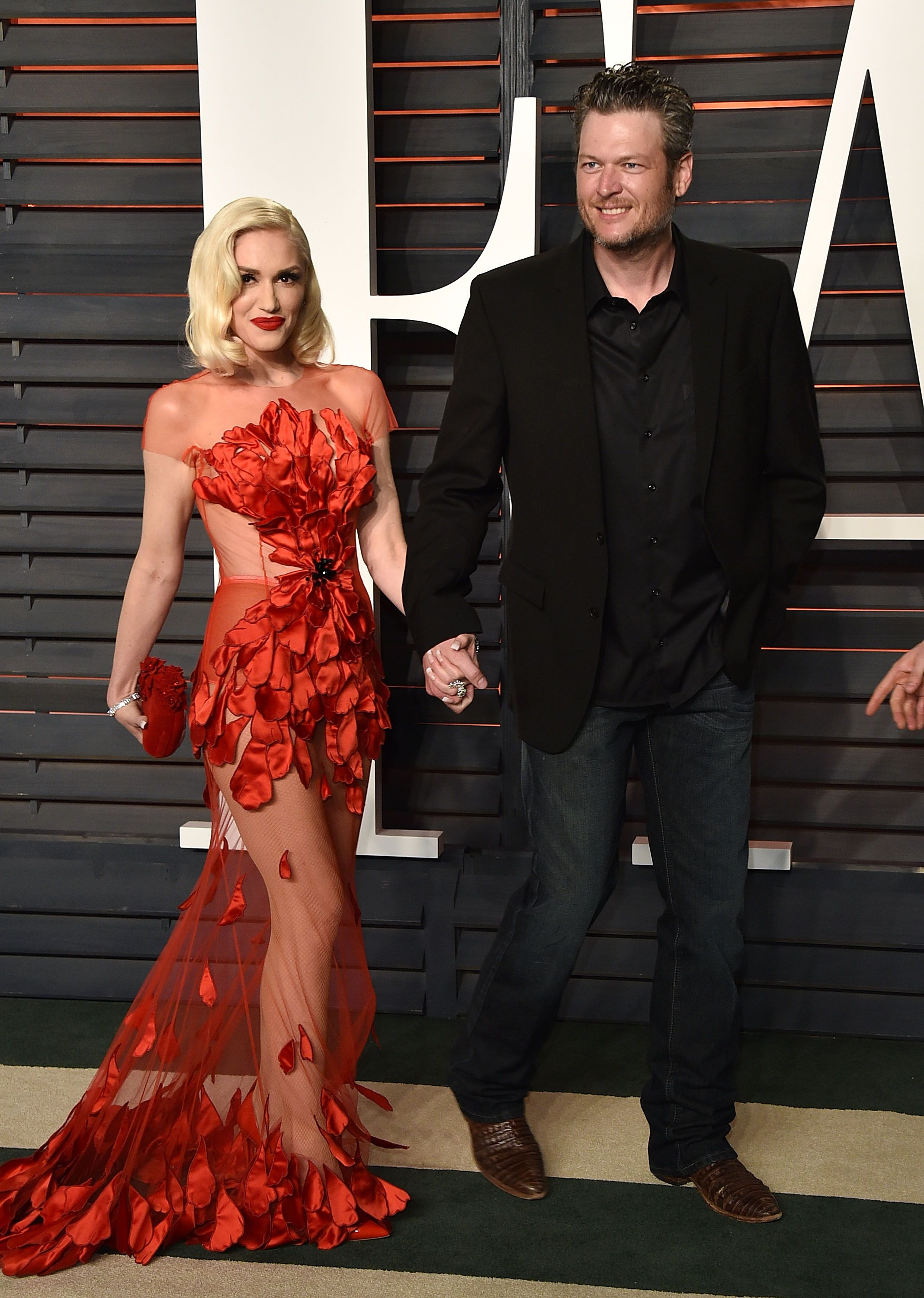 "Gwen Stefani and Blake Shelton at the ""Vanity Fair"" Oscar Party hosted by Graydon Carter on February 28, 2016 