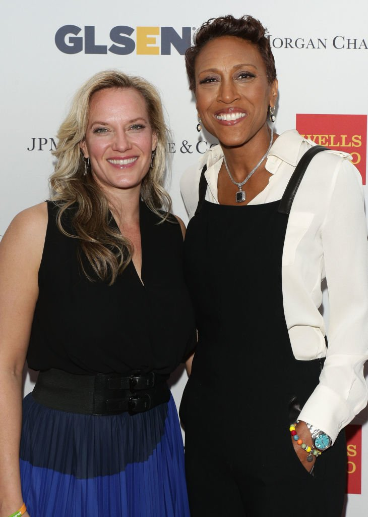 News anchor Robin Roberts and partner Amber Laign attend 11th Annual GLSEN Respect awards at Gotham Hall on May 19, 2014 | Photo: Getty Images