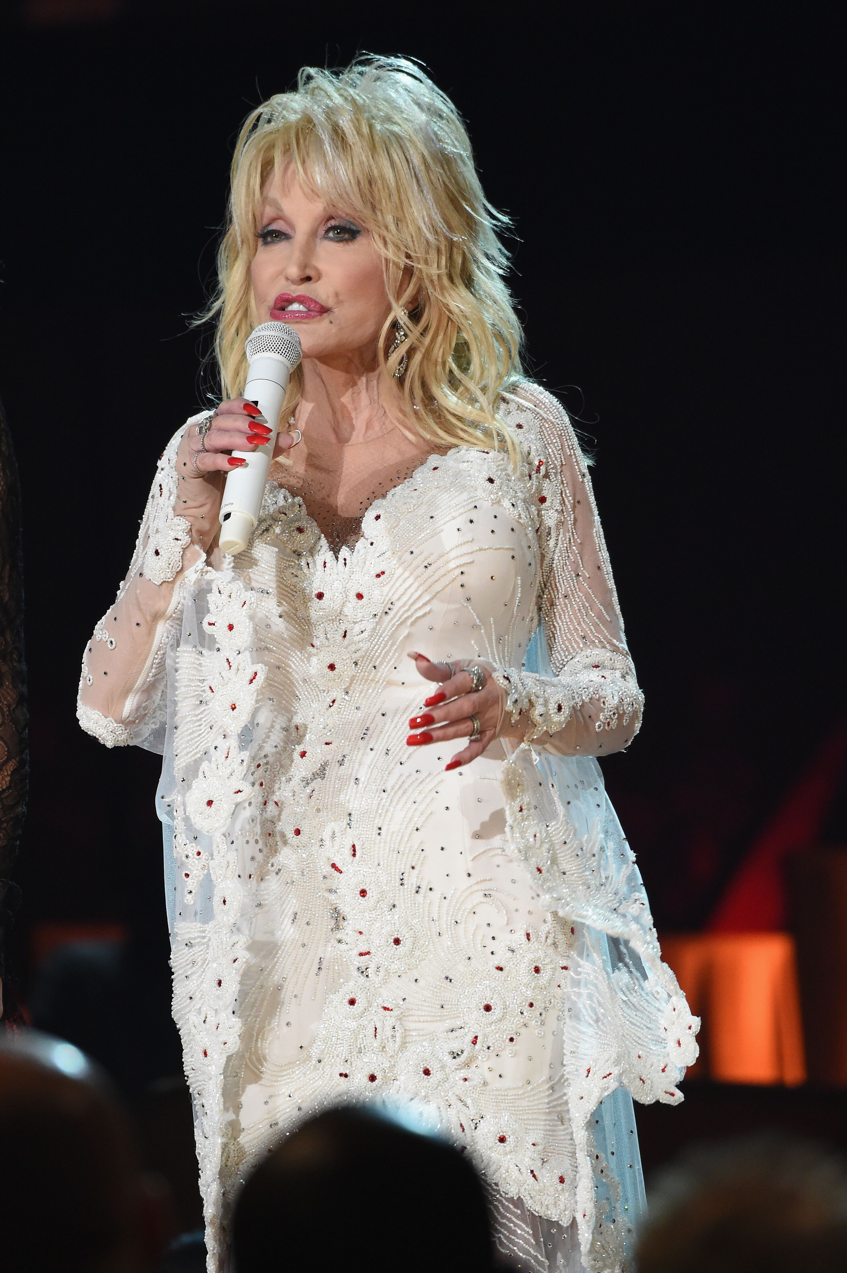Dolly Parton performs onstage during the 61st Annual GRAMMY Awards. | Source: Getty Images