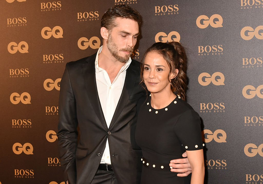 Gianni Giardinelli et Alice Belaidi assistent aux GQ Men Of The Year Awards au Musée d'Orsay le 23 novembre 2016 à Paris, France. | Photo : Getty Images